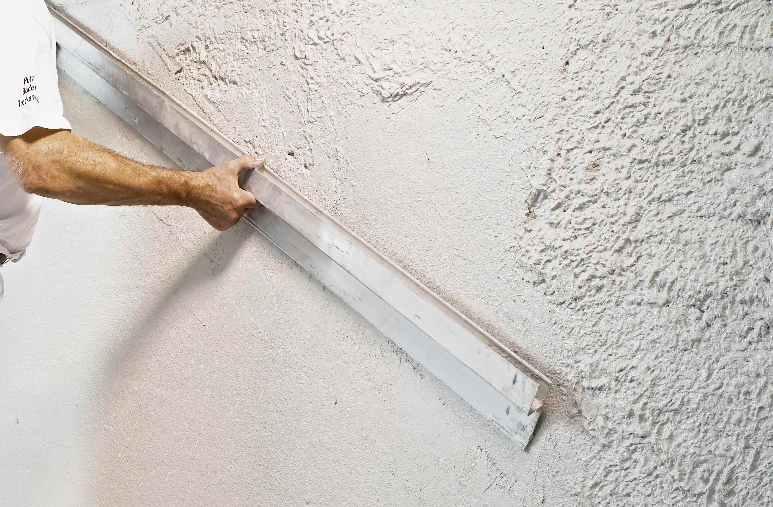 58341f0bd163b59f13ff97e363023239 - Штукатурка стен и потолка своими руками