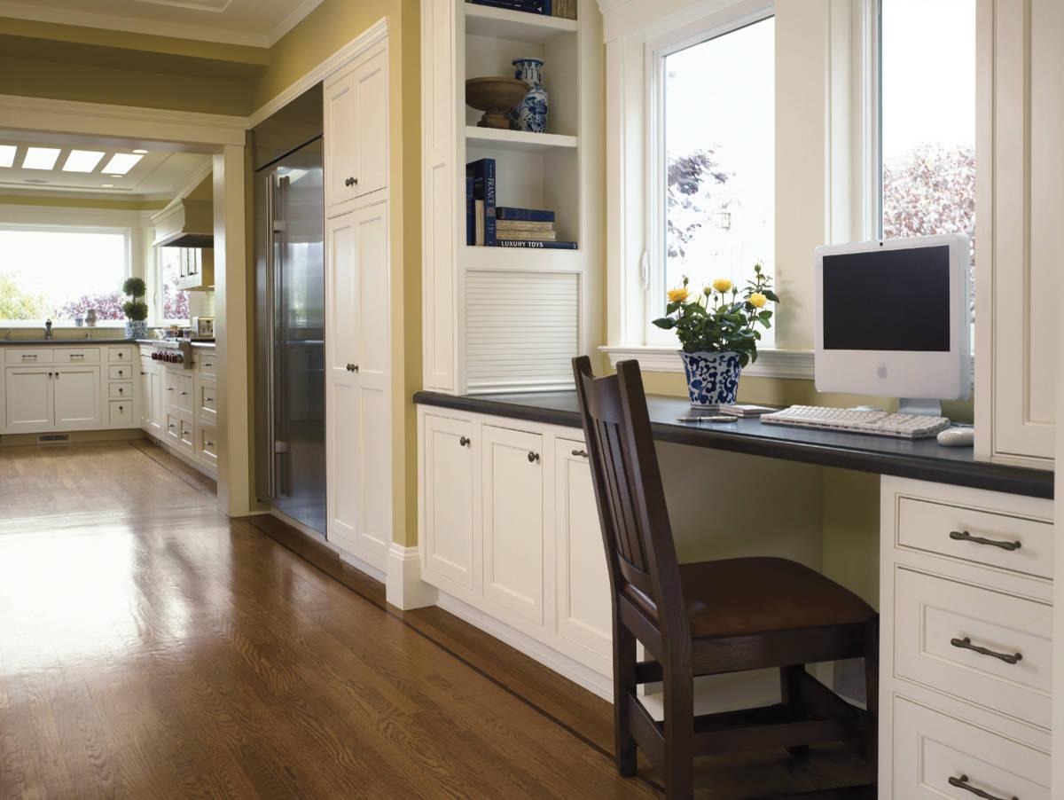 modern office in the kitchen photo 05 - Идеи интерьера однокомнатной квартиры