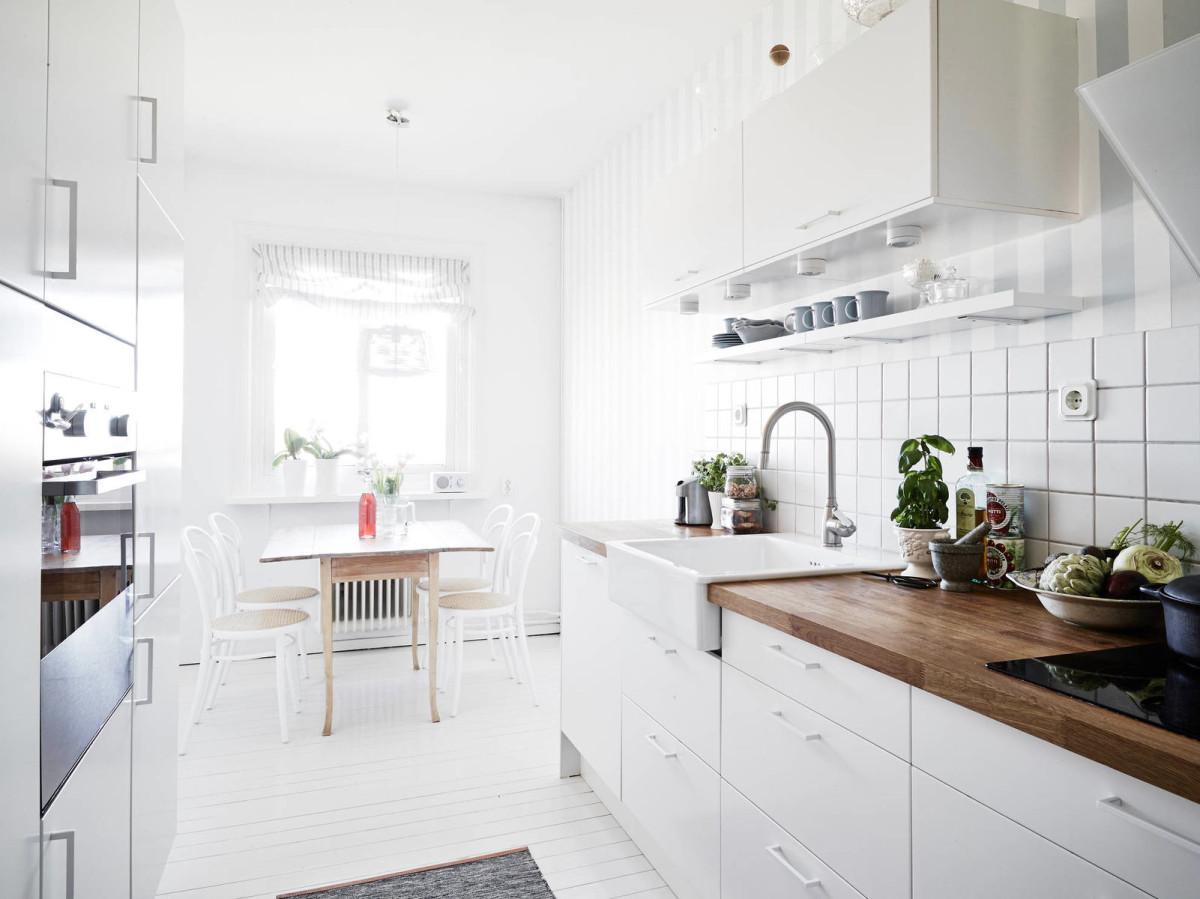 white kitchen design ideas 11 - Интерьер кухни в белом цвете