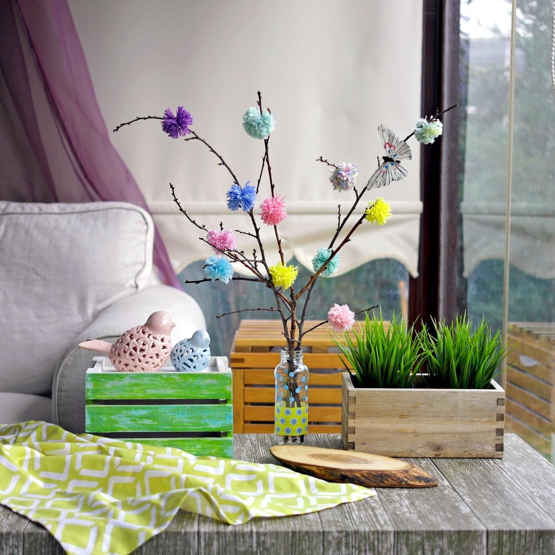 svetlyj vesennij dekor v dizajne prihozhej - Идеи весеннего декора своими руками